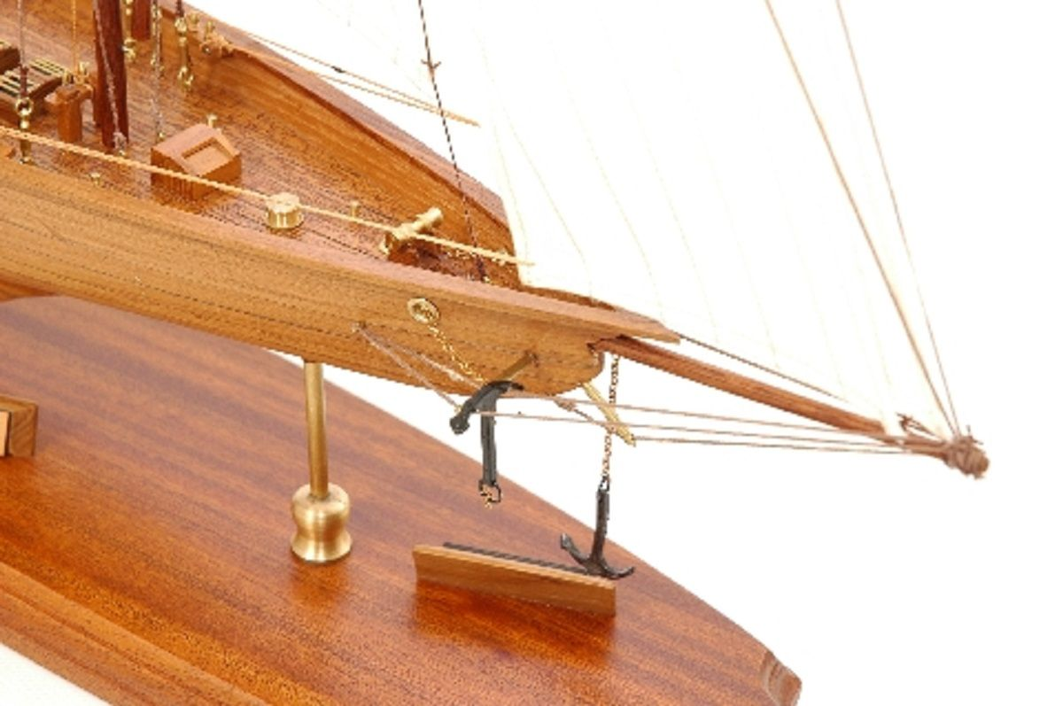 HMY Britannia Model Yacht (1893) (Superior Range) - PSM