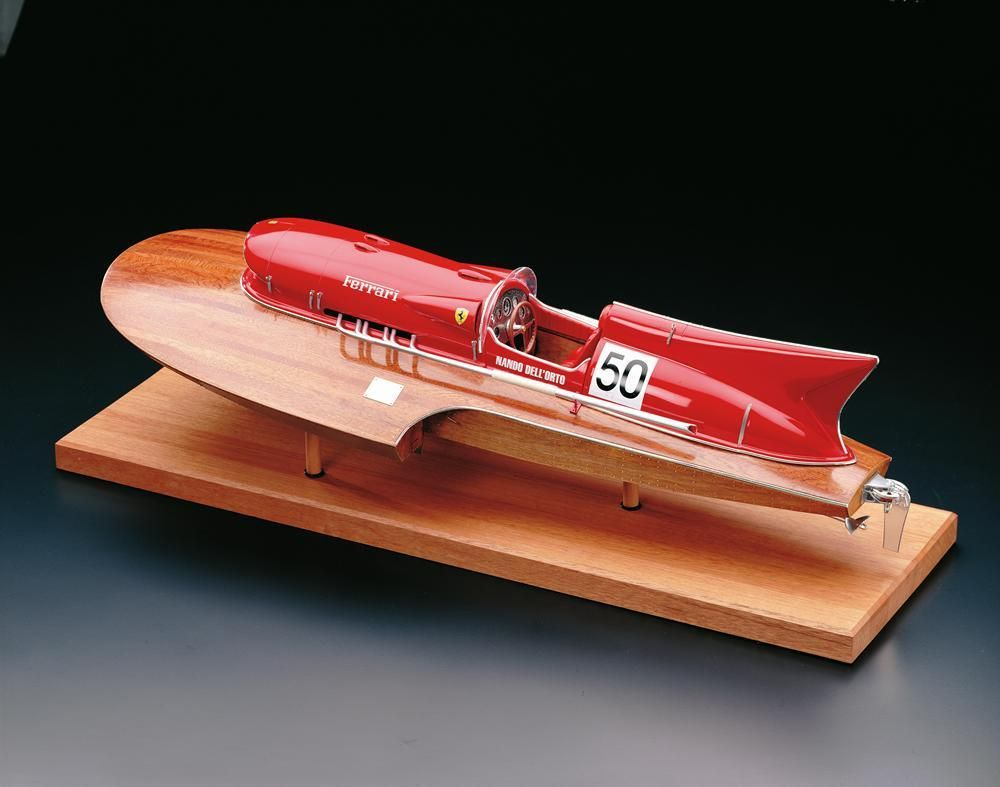 Arno X1 Hydroplane Kit Amati (1604)