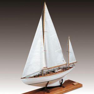 Dorade Model Boat Kit Amati (1605)