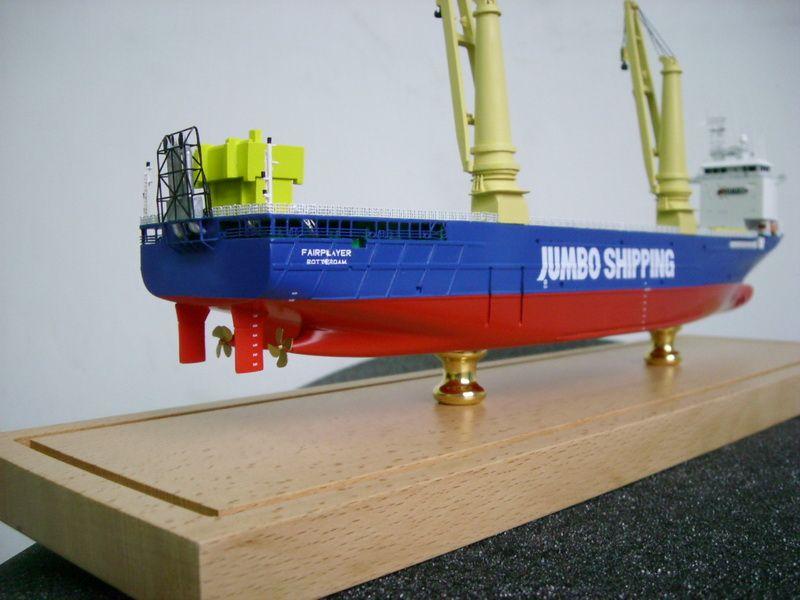 1090-6549-Fairplayer-Jumbo-Shipping