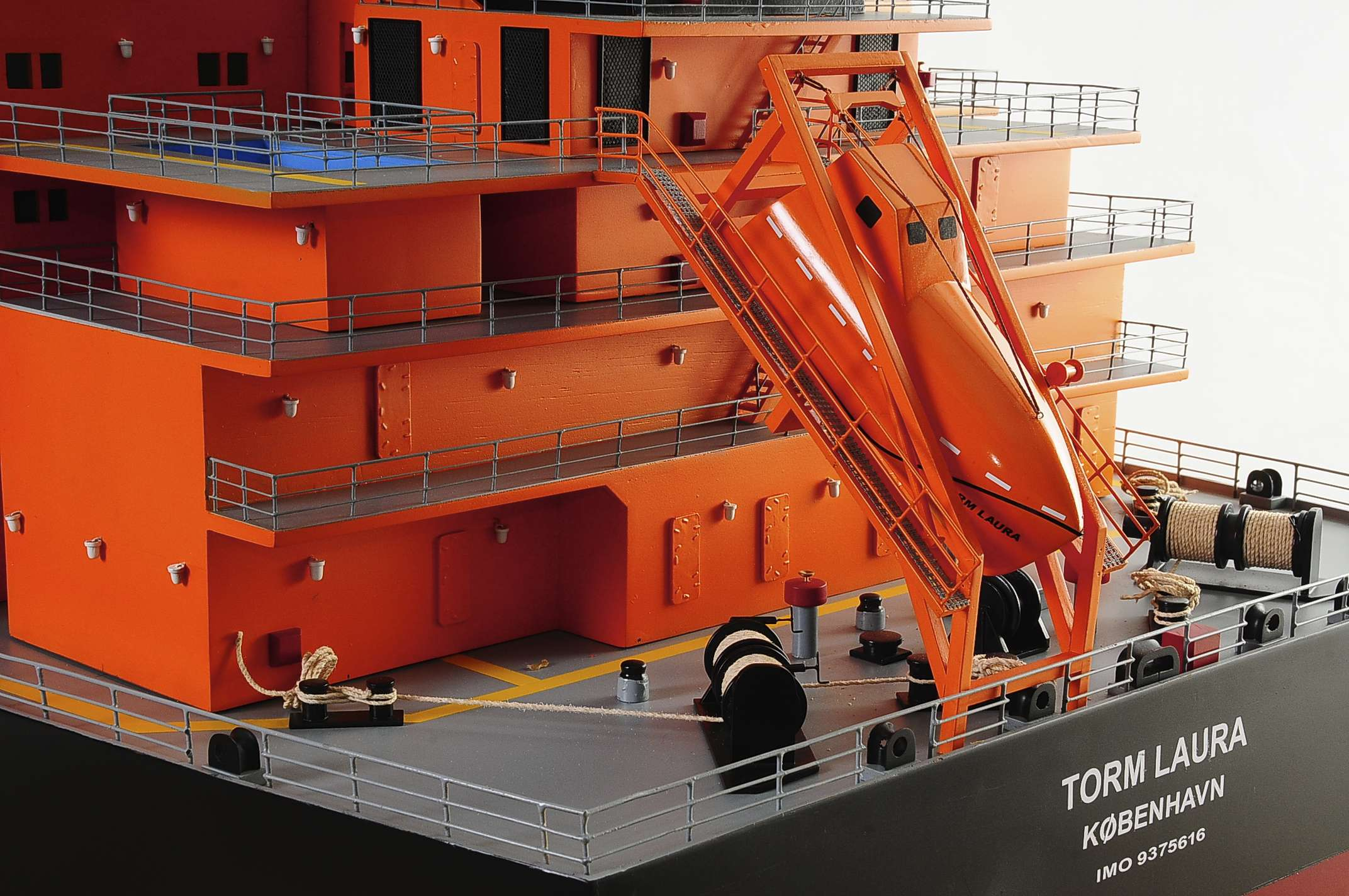 1426-4792-Oil-Tanker-Model-Ship