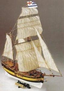 1882-Scotland-Baltic-Yacht-Model-Kit-Corel-SM56