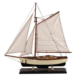 1930's classic yacht resized