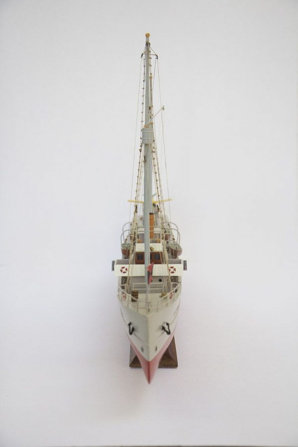 2533-14399-Aurore-Tintin-Model-Ship-Superior-Range