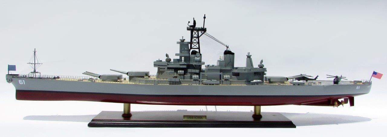 USS Iowa model boat