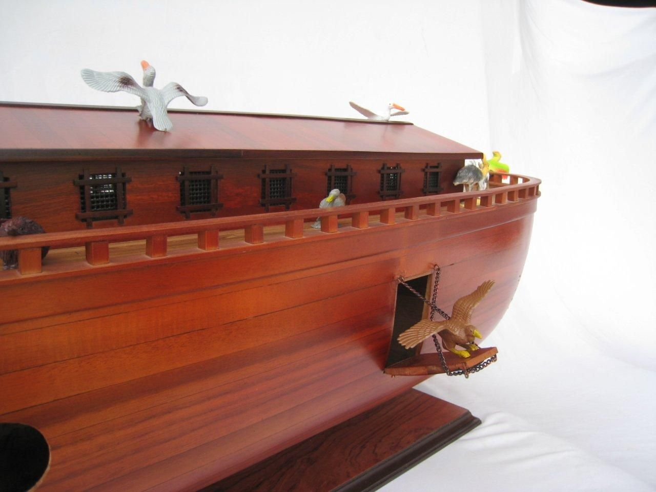 2043-12573-Noahs-Ark-Model