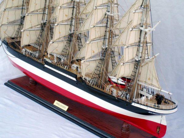 2086-12587-Preussen-Model-Boat