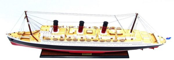 2091-12416-Queen-Mary-Model-Boat