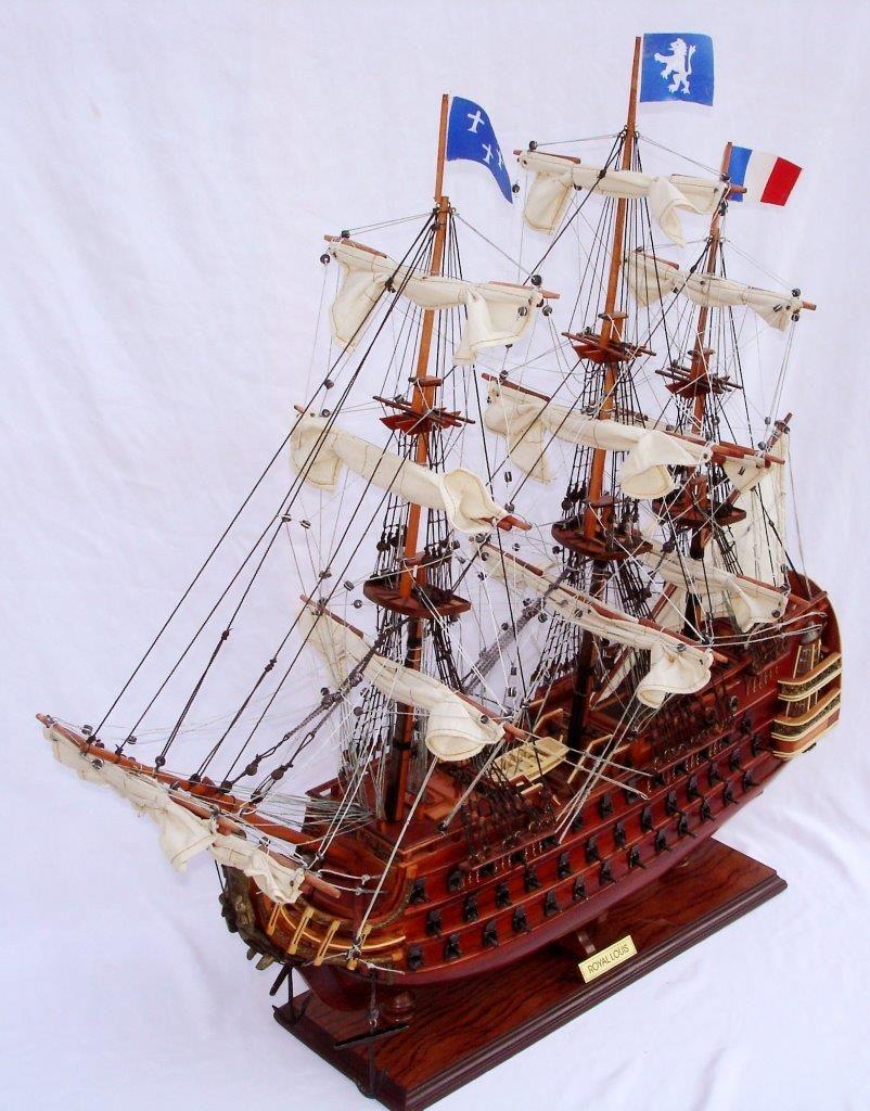 2093-12431-Royal-Louis-Ship-Model