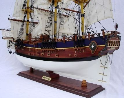 1011-HMS-Endeavour-model-ship-Standard-Range