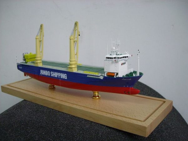 1090-6552-Fairplayer-Jumbo-Shipping