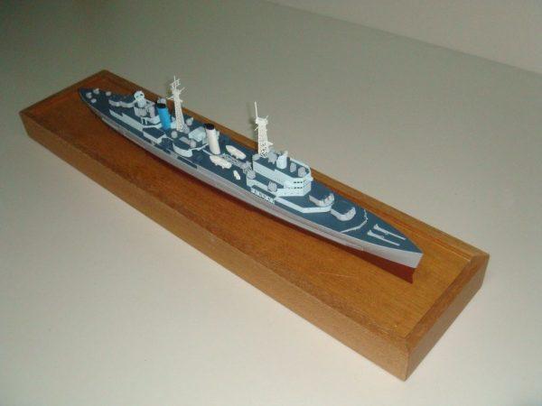 1239-6519-HMS-Belfast-Model-Ship