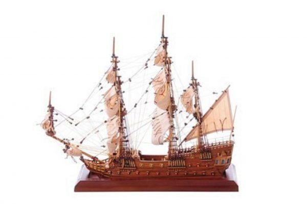 1254-7010-Bristol-Waterline-Model-Ship-Premier-Range