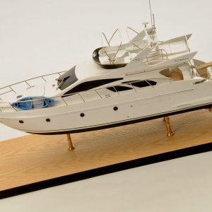 1399-6365-Azimut-Model-Yacht