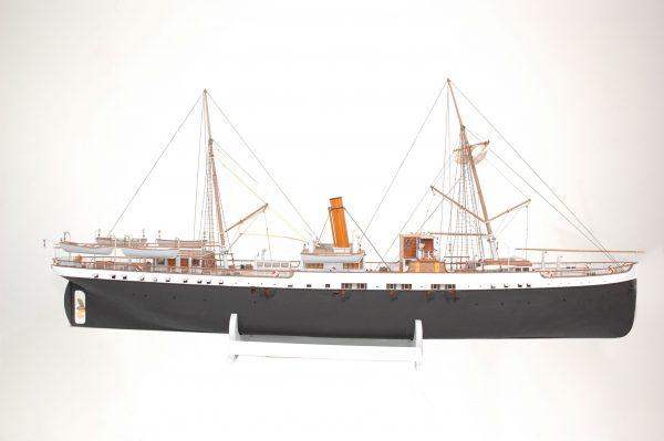1416-6298-G-G-Loudon-Ship-Model-large-Premier-Range