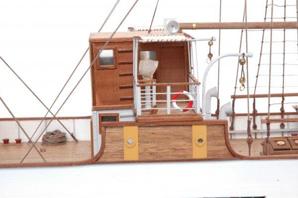 1416-6311-G-G-Loudon-Ship-Model-large-Premier-Range