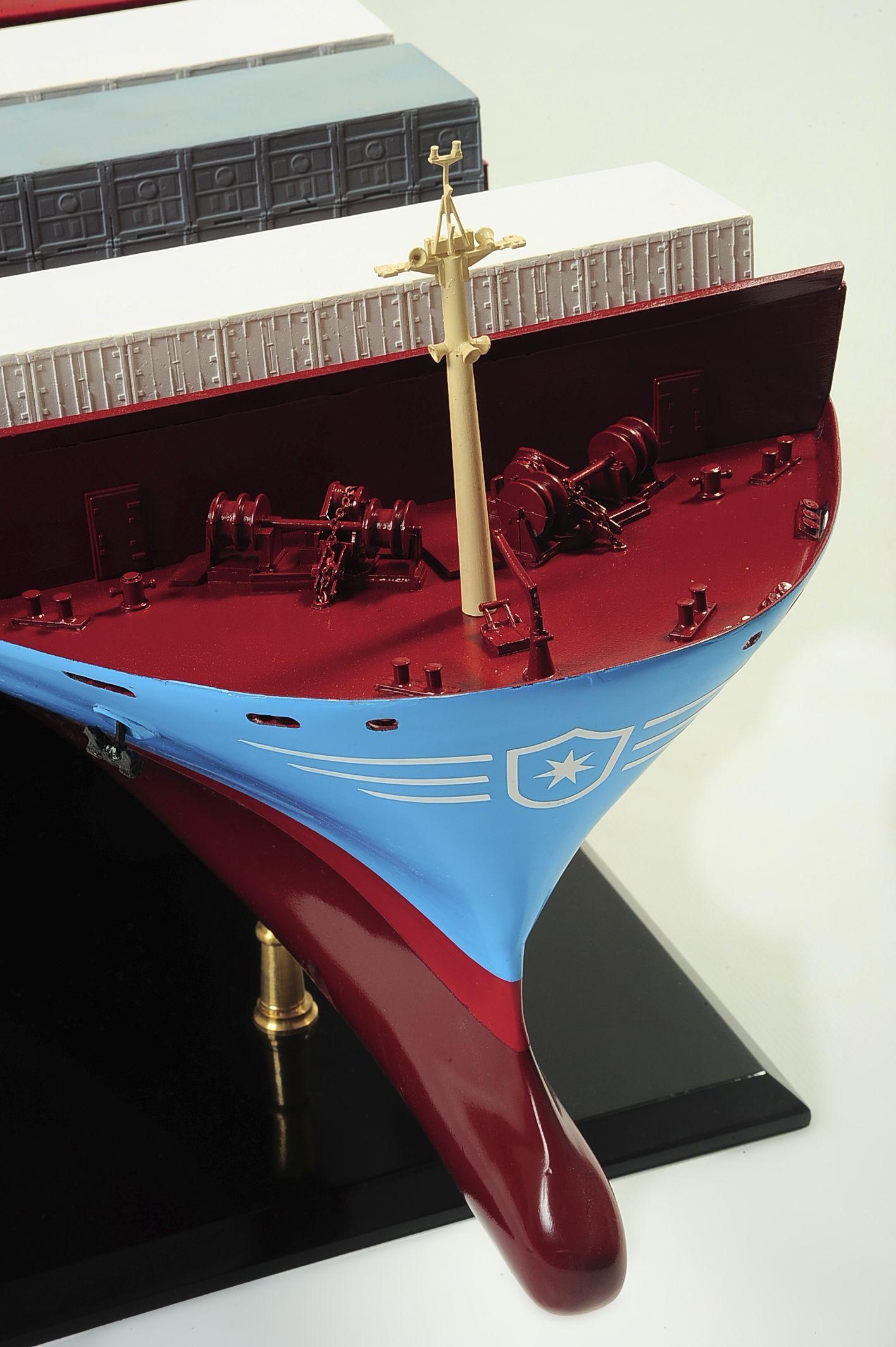 1417-6256-Bulk-Carrier-Model-Ship-Kit