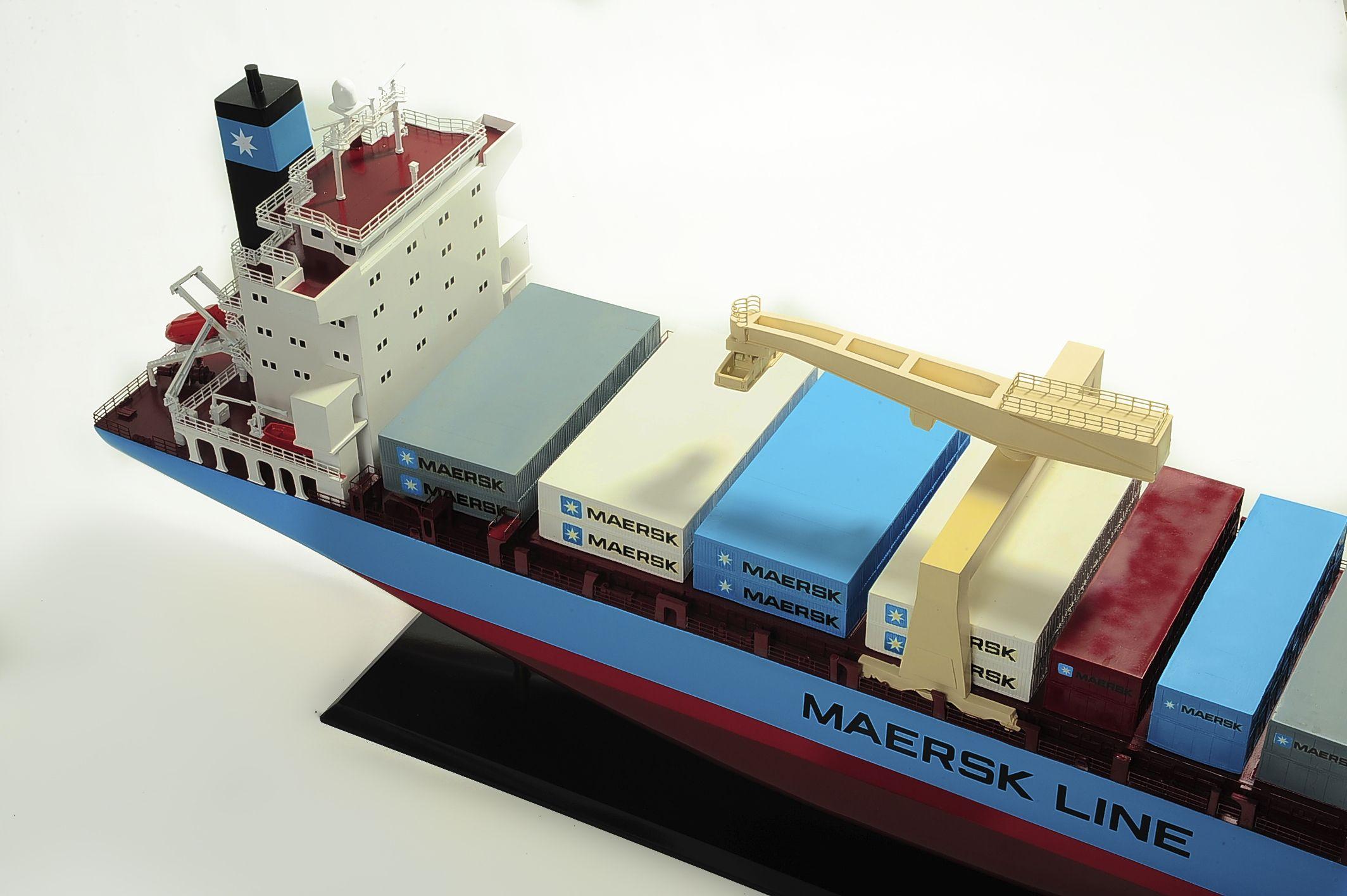 1417-6259-Bulk-Carrier-Model-Ship-Kit