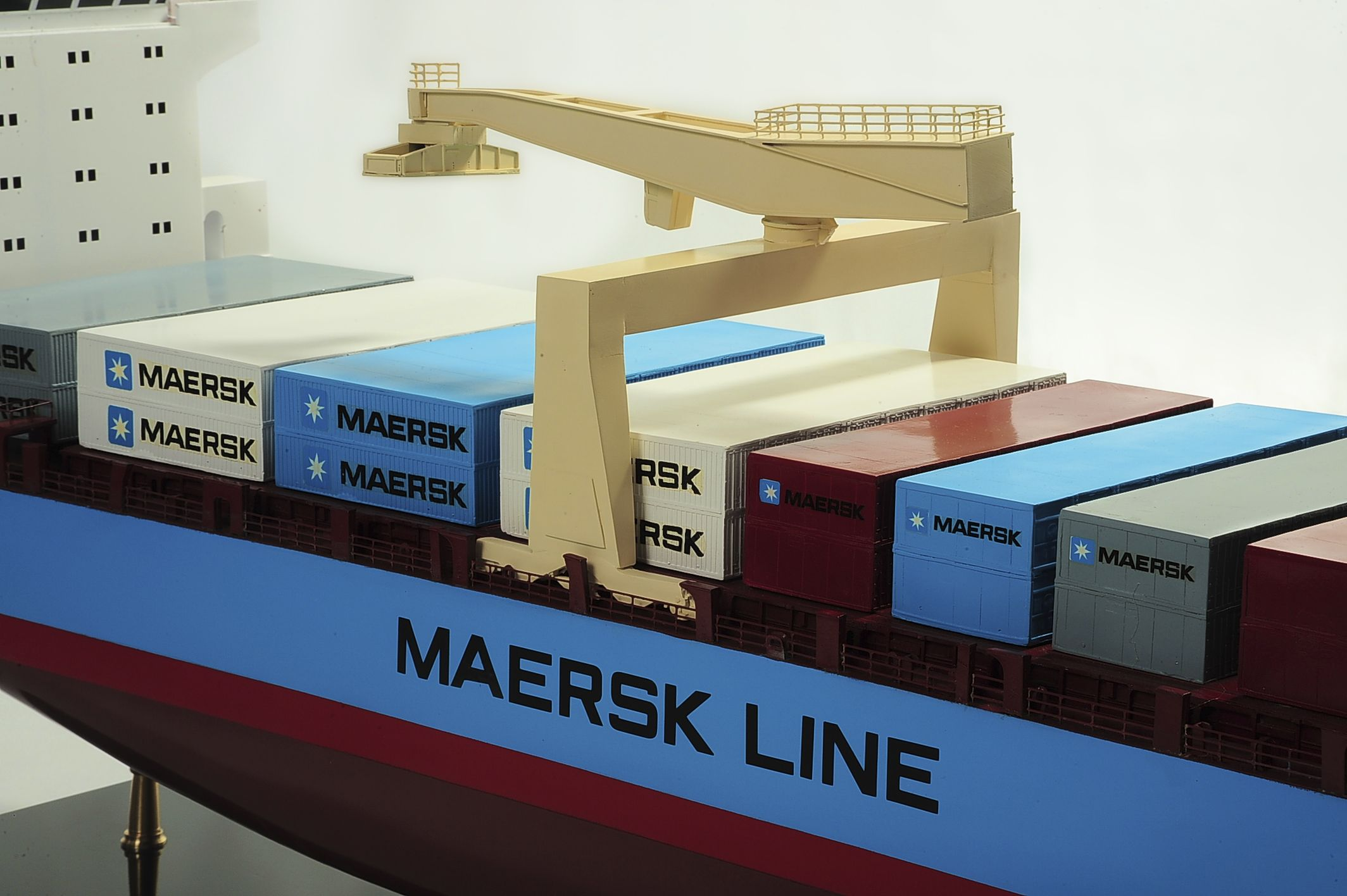 1417-6260-Bulk-Carrier-Model-Ship-Kit