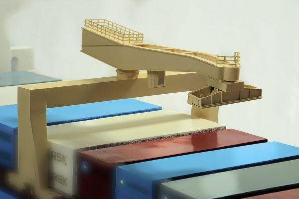 1417-6261-Bulk-Carrier-Model-Ship-Kit