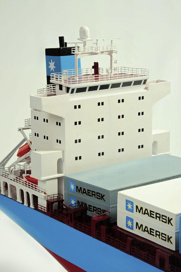 1417-6263-Bulk-Carrier-Model-Ship-Kit