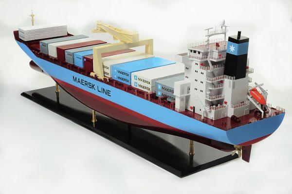 1417-6265-Bulk-Carrier-Model-Ship-Kit