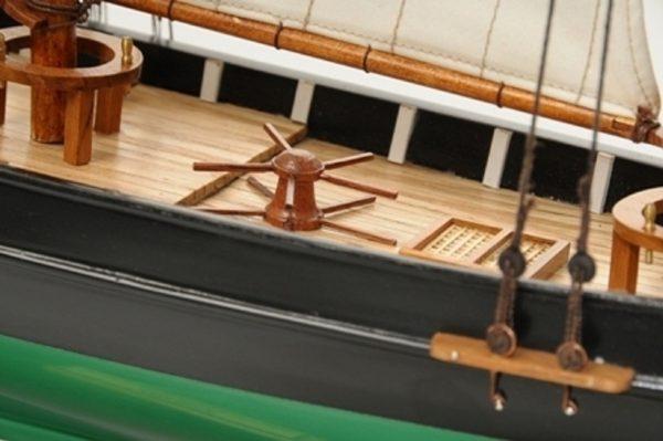 1419-7765-America-Model-Yacht-Superior-Range