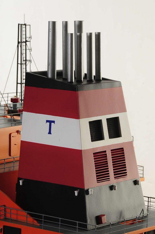 1426-4788-Oil-Tanker-Model-Ship