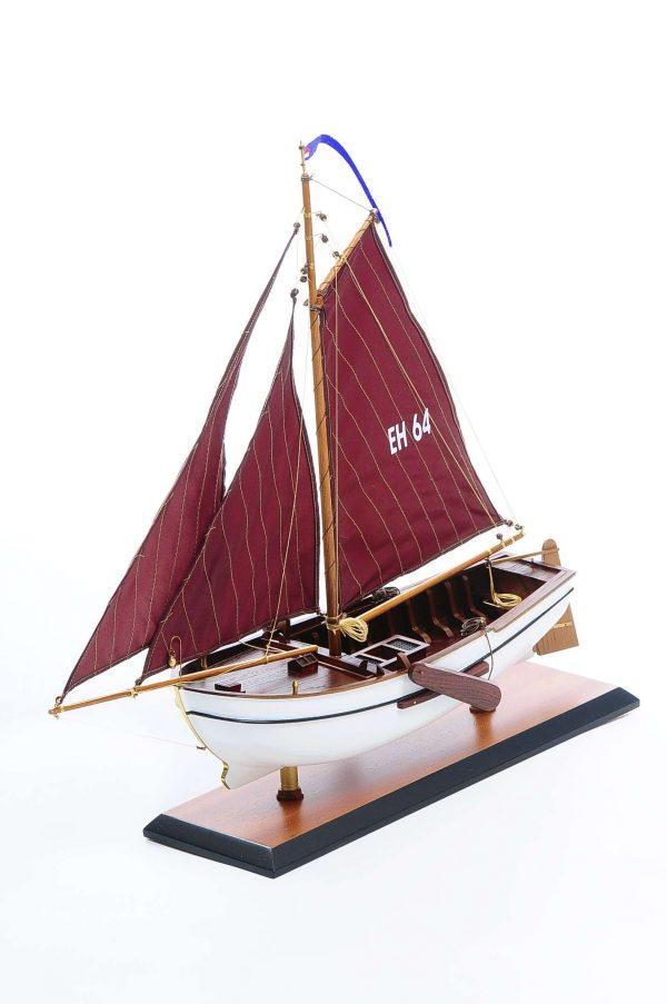 1432-4570-Dutch-Marker-Roundbow-Model-Boat