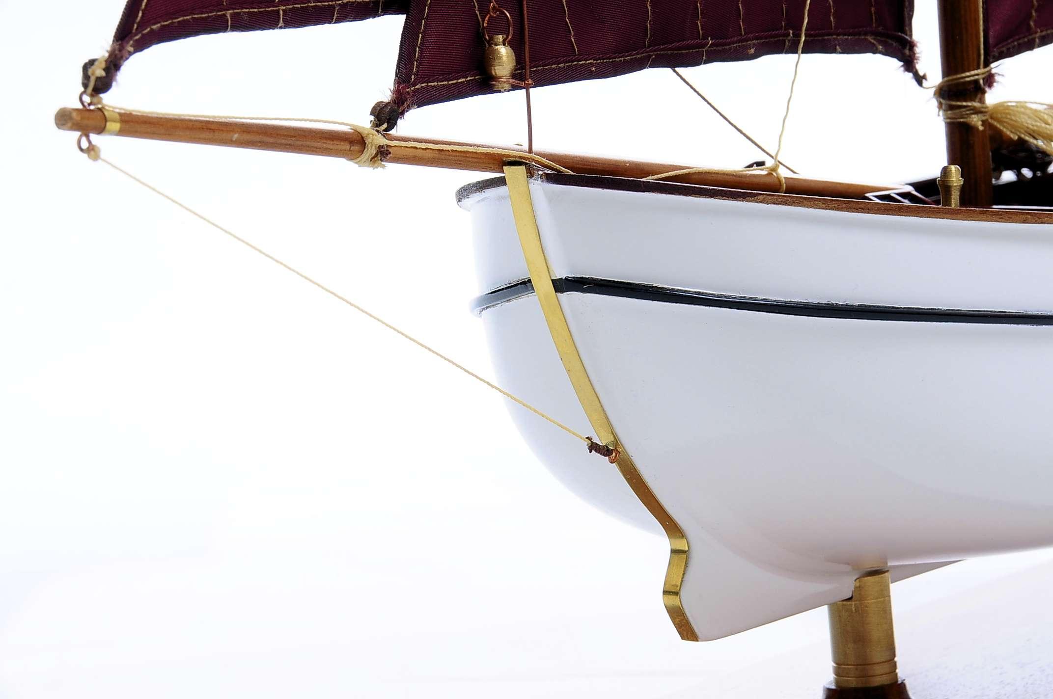 1432-4574-Dutch-Marker-Roundbow-Model-Boat