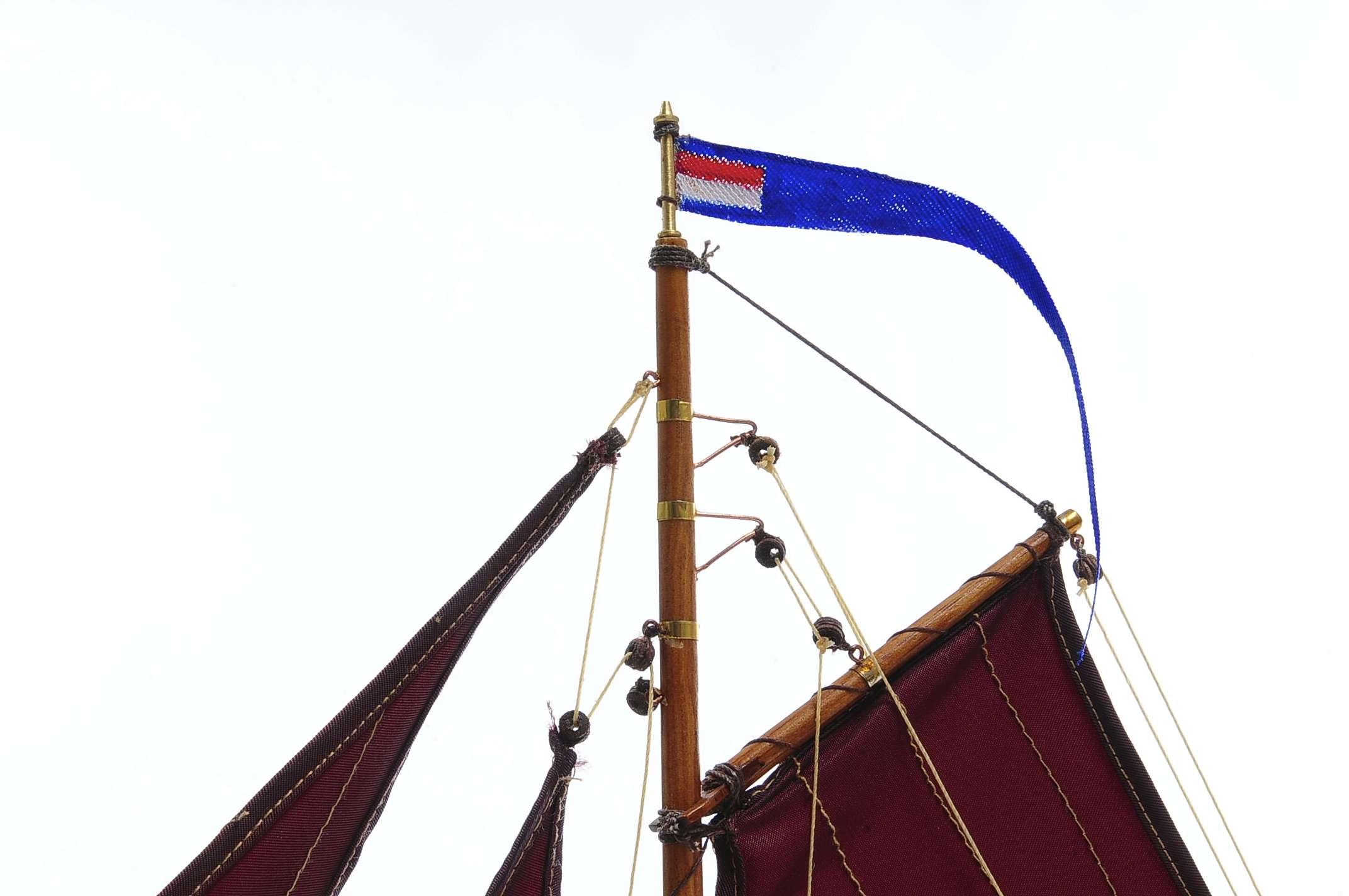 1432-4578-Dutch-Marker-Roundbow-Model-Boat