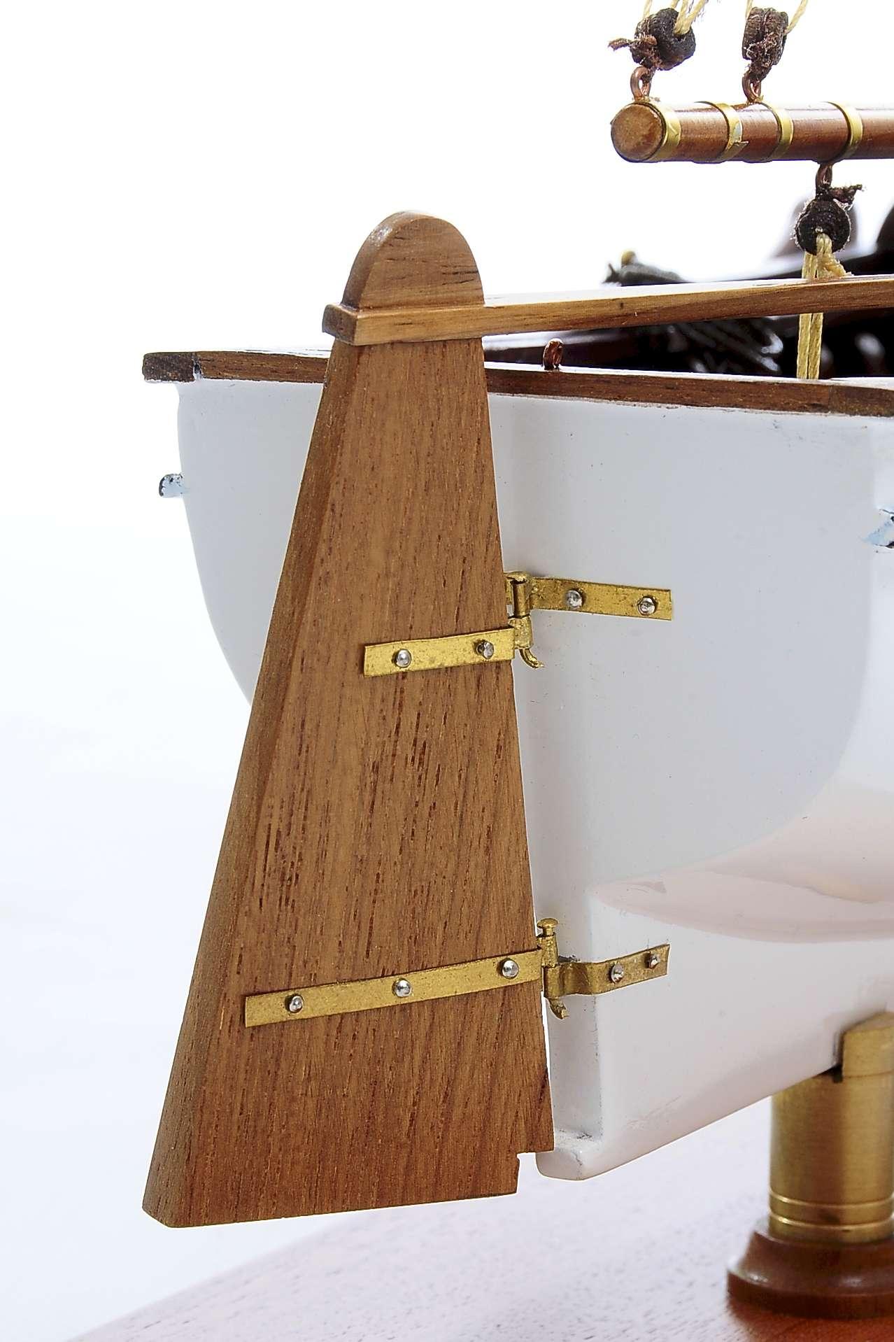 1432-4579-Dutch-Marker-Roundbow-Model-Boat