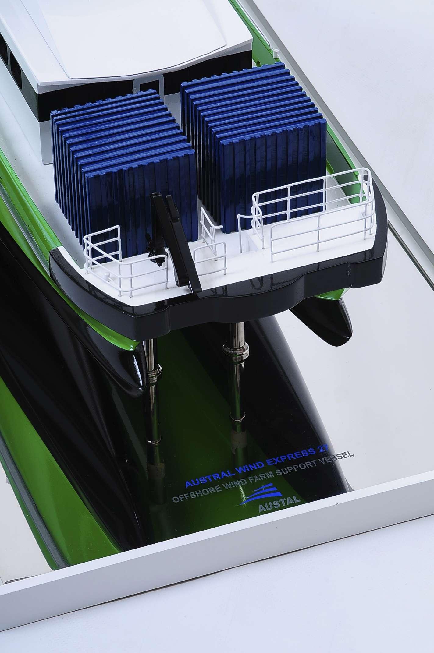 1440-4951-Wind-Express-27-Catamaran-Model