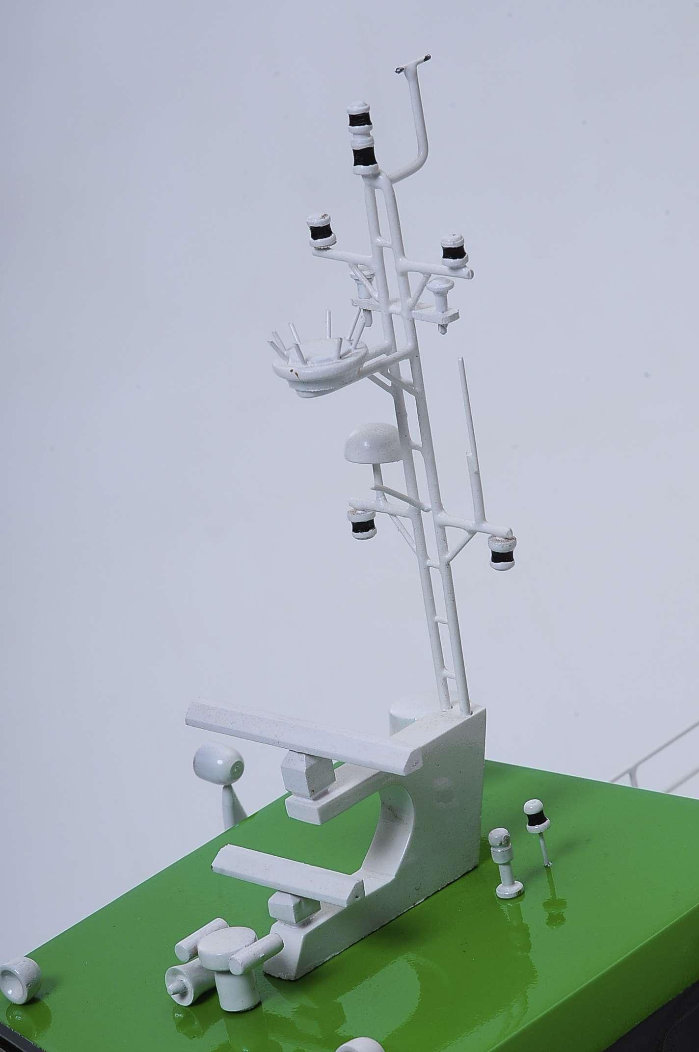 1440-4958-Wind-Express-27-Catamaran-Model
