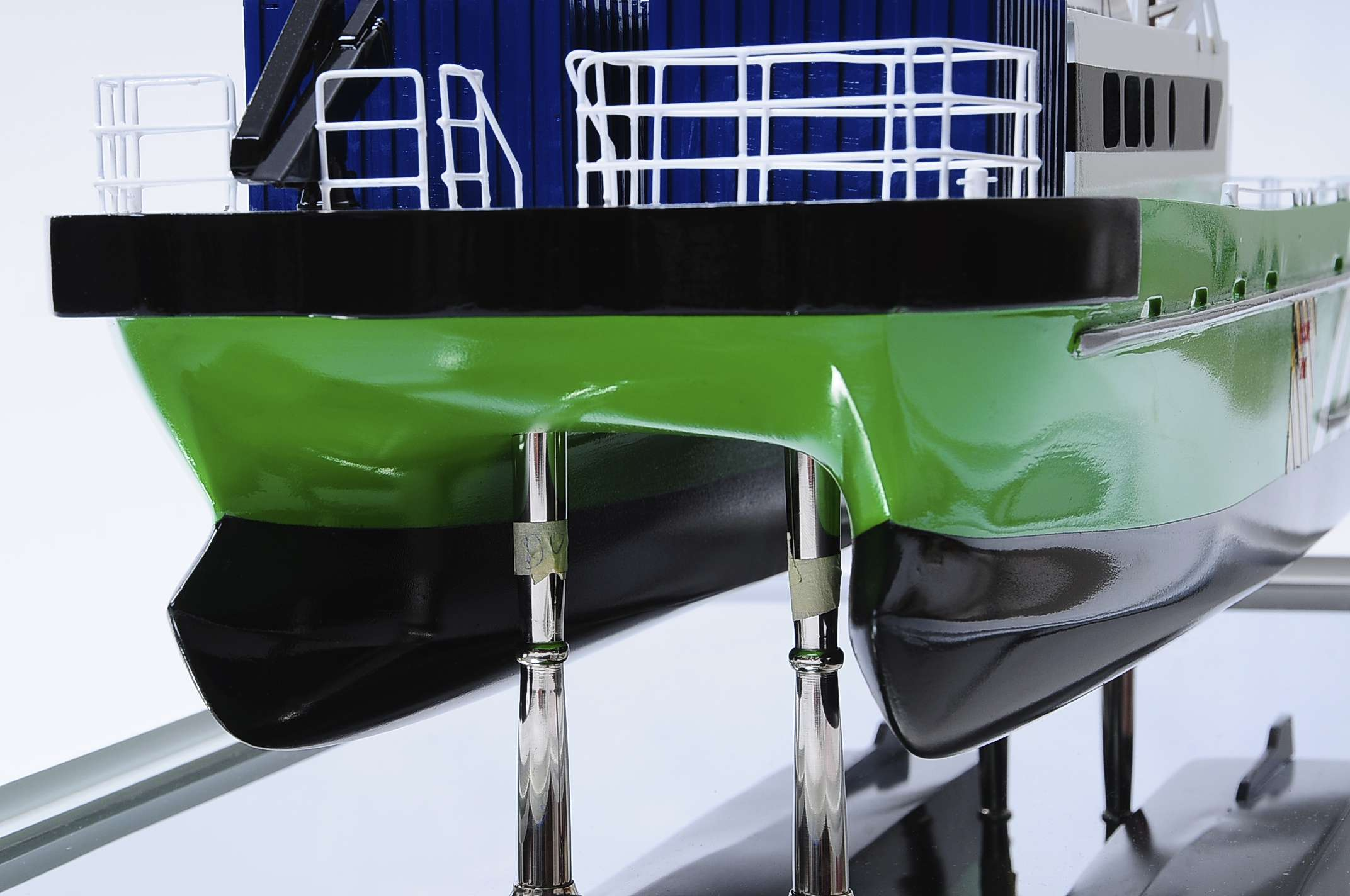 1440-4969-Wind-Express-27-Catamaran-Model