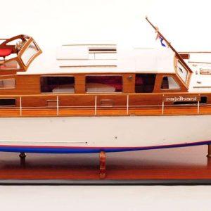 1473-4389-Starcraft-40-Model-Boat-Rajdhani