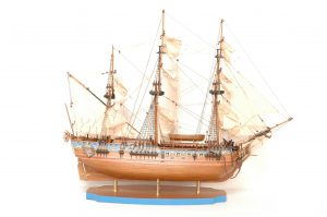 149-8199-Royal-Caroline-Ship-Model-Superior-Range