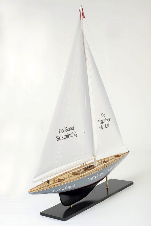 1519-8975-Enterprise-Model-Yacht