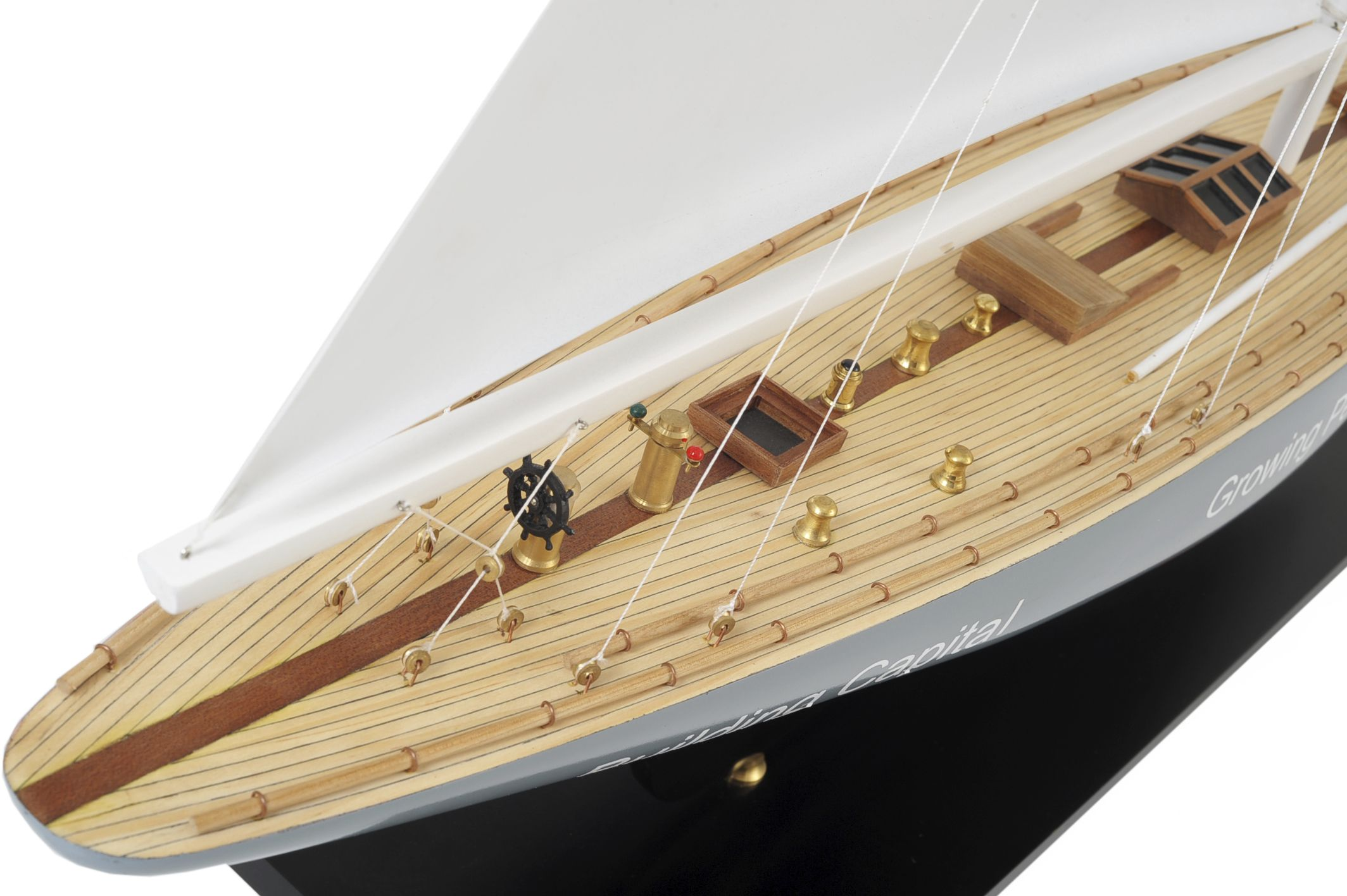 1519-8978-Enterprise-Model-Yacht