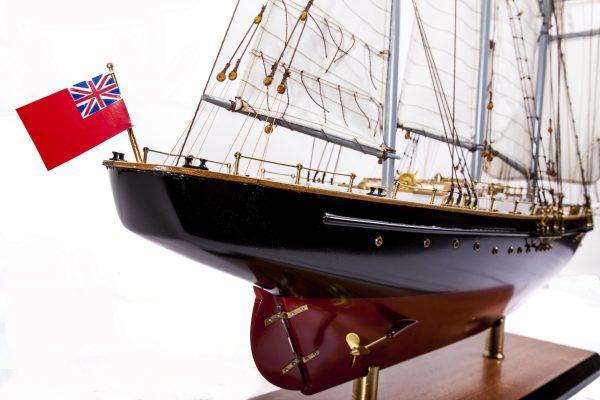 1524-9092-Sir-Winston-Churchill-Model-Boat