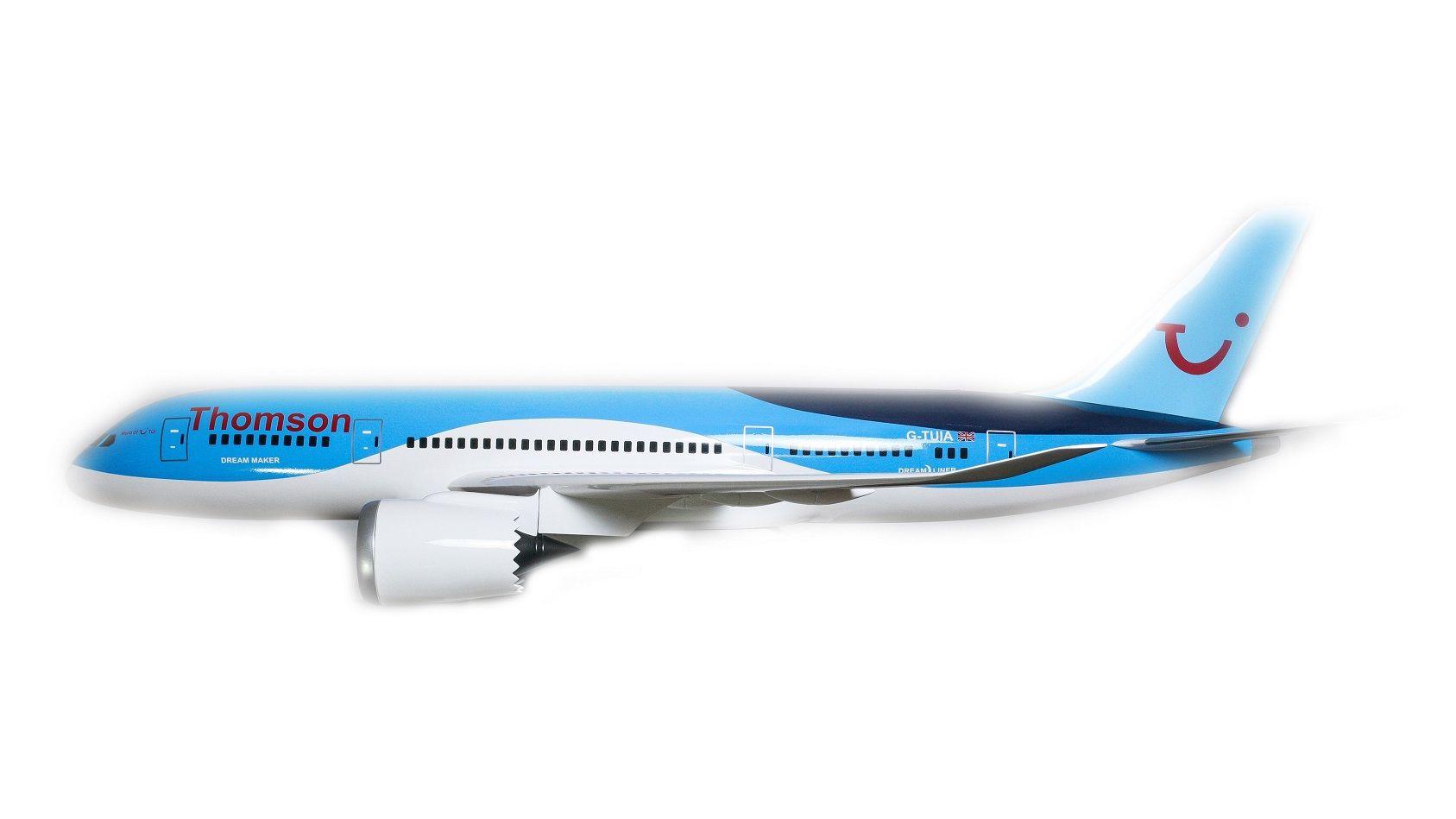 1525-9136-Boeing-787-800-Thomson-Airways-Model-Plane