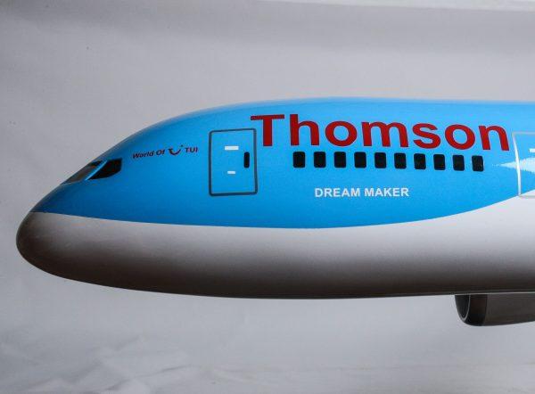 1525-9141-Boeing-787-800-Thomson-Airways-Model-Plane