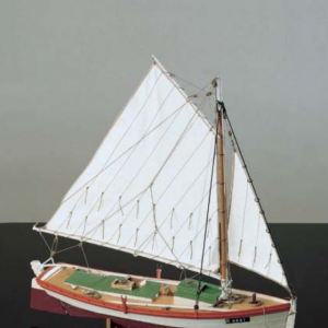 1552-9204-Flattie-Model-Yacht-Kit