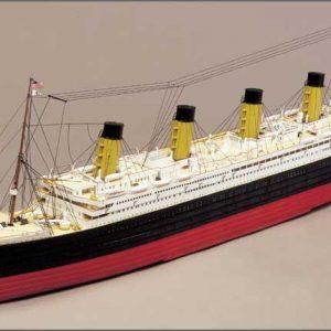 Titanic Model Boat Kit No 3 (Fore, Aft deck & Hull Decor) - Mantua Models (727)