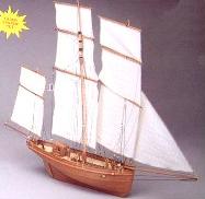 Le Madeline French Fishing Boat Kit - Mantua Models (732)