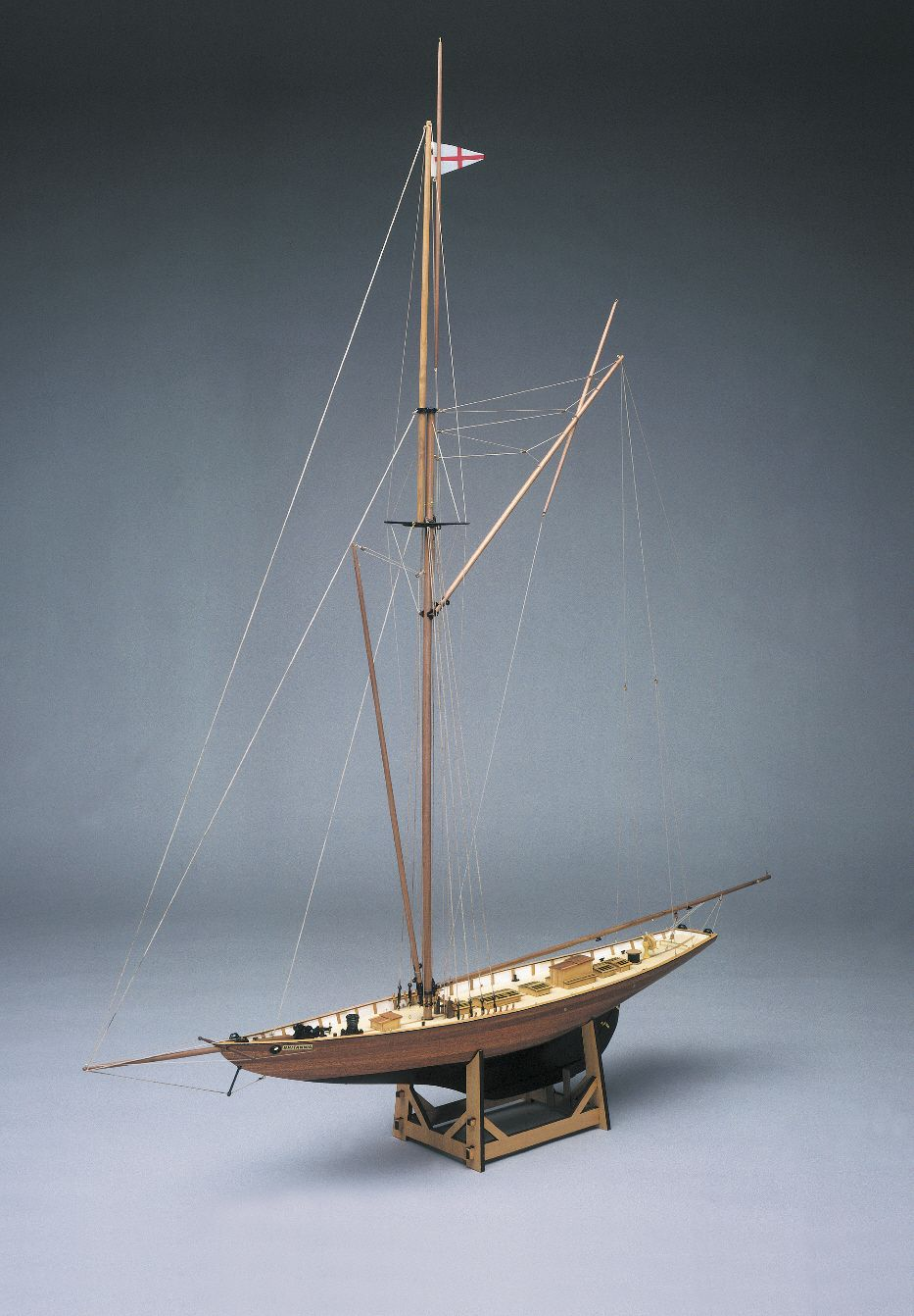 Britannia America Cup Boat Model Kit - Mantua Models (733)