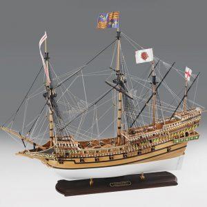 1639-9299-HMS-Revenge-Model-Ship-Kit