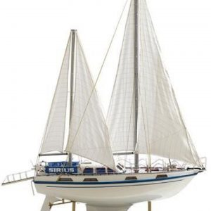 164-6830-Colvic-Victor-40-model-yacht
