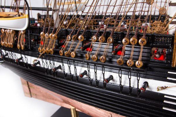 1664-9350-USS-Constitution-Ship-Model