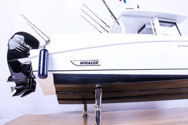 1686-9525-Boston-Whaler-Outrage-370-Model-Boat